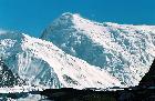 снега хребта Кокшаал-Тоо