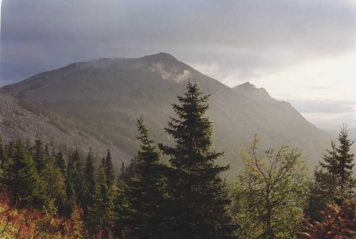 Утро на склоне Большого Шелома