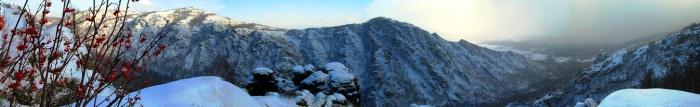 Панорама хребта Яманкая