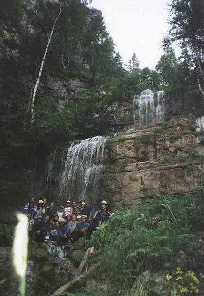 """Как гласит Макеев Гриша, сей водопад называется """"Куперля"""". Кто бы мог подумать..."""