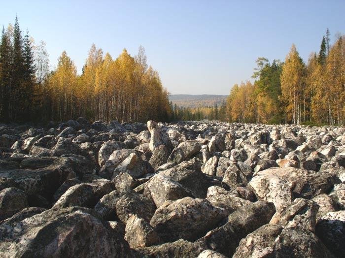 Каменная река