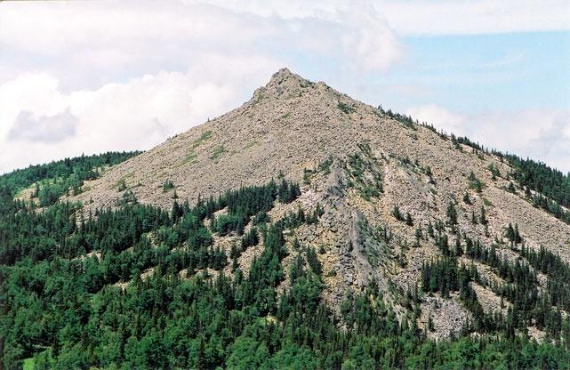 портрет горы Б. Кумардак