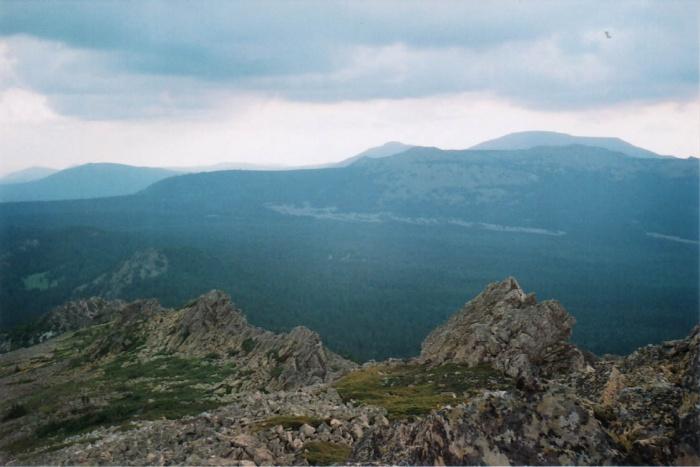 Вид на Машак (курумники у подножия).