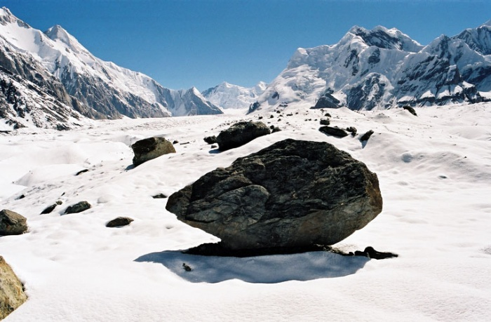 На леднике Юж. Иныльчек.  Фото-11. Лагерь уже близко.