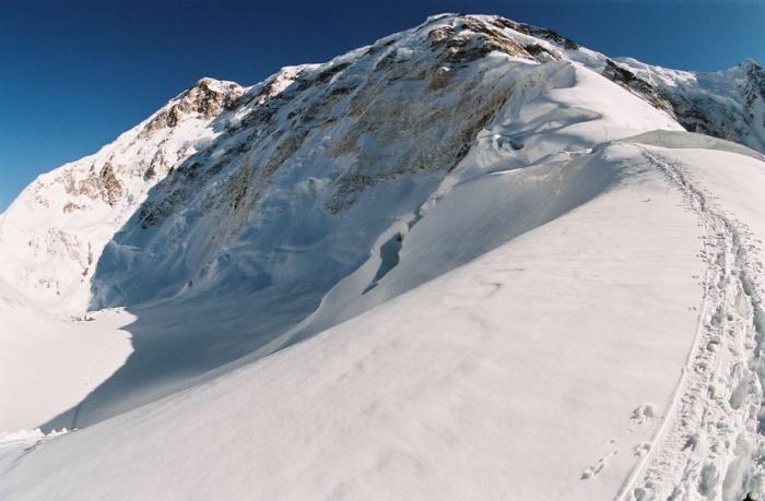 Вверх от перевала Дикий.