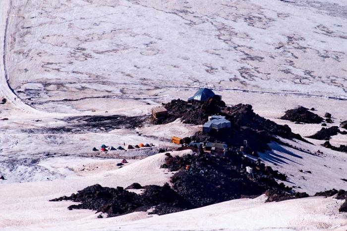 Приют 11 с камней пастухова. август 2008