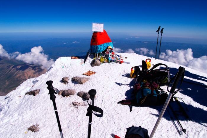 5642 - это вершина Эльбруса. август 2008