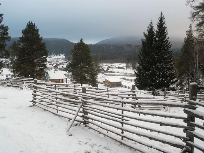 Деревня Нура.  Конец ноября.