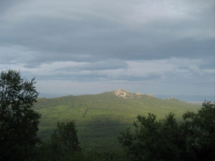 Малиновка со склона Кирели, солнце