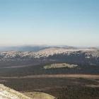 Вид с Ямана на Караульную и хр. Машак