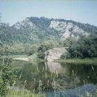Речка и гора