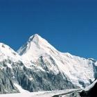 Хан-Тенгри (6995м).