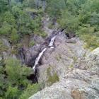 Второй снизу каскад водопада (самый высокий).