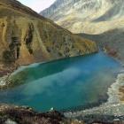 Озеро возле ледника Маашей