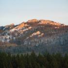 Самая высокая вершина Бактов - гора Белые Гребни (1076м)