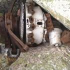 Мотор от разбитого 2х моторного самолета
