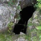 Вход в пещеру Пропащая Яма